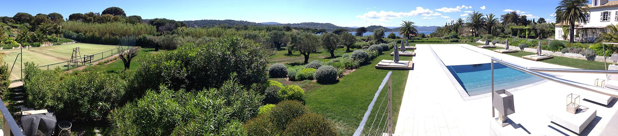 Vue panoramique du jardin